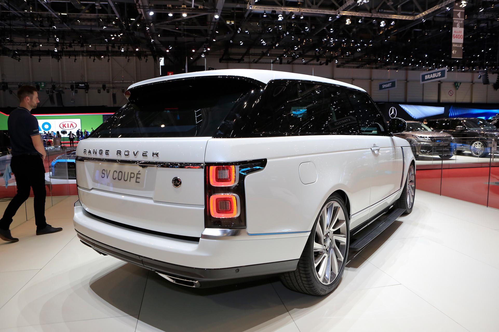 SV Coupe - luksusowy 2-drzwiowy Range Rover