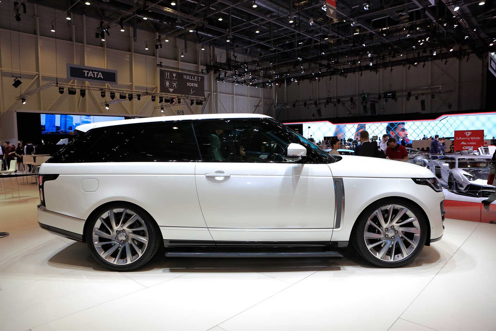 2-drzwiowy Range Rover SV Coupe