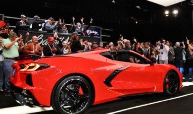 Chevrolet Corvette Stingray C8 sprzedany za 3 miliony dolarów