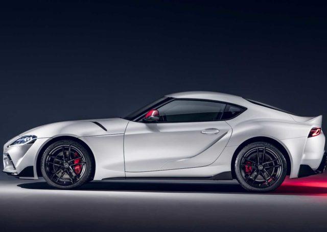 Nadjeżdża Toyota GR Supra z 2-litrowym silnikiem turbo. Ma 258 KM