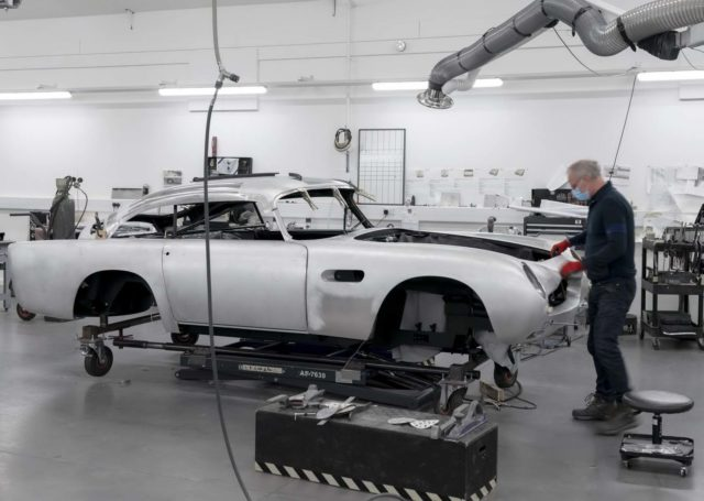 Aston Martin DB5 Goldfinger – w hołdzie legendzie