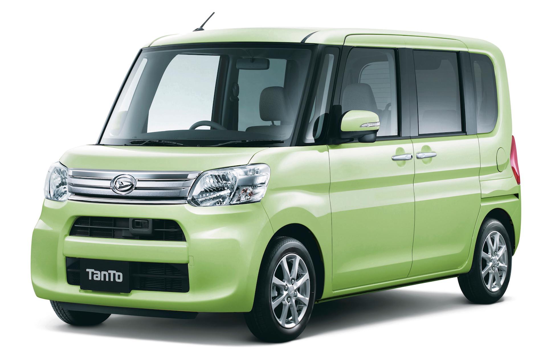 Daihatsu Tanto kei-car ma pudelkowaty ksztalt