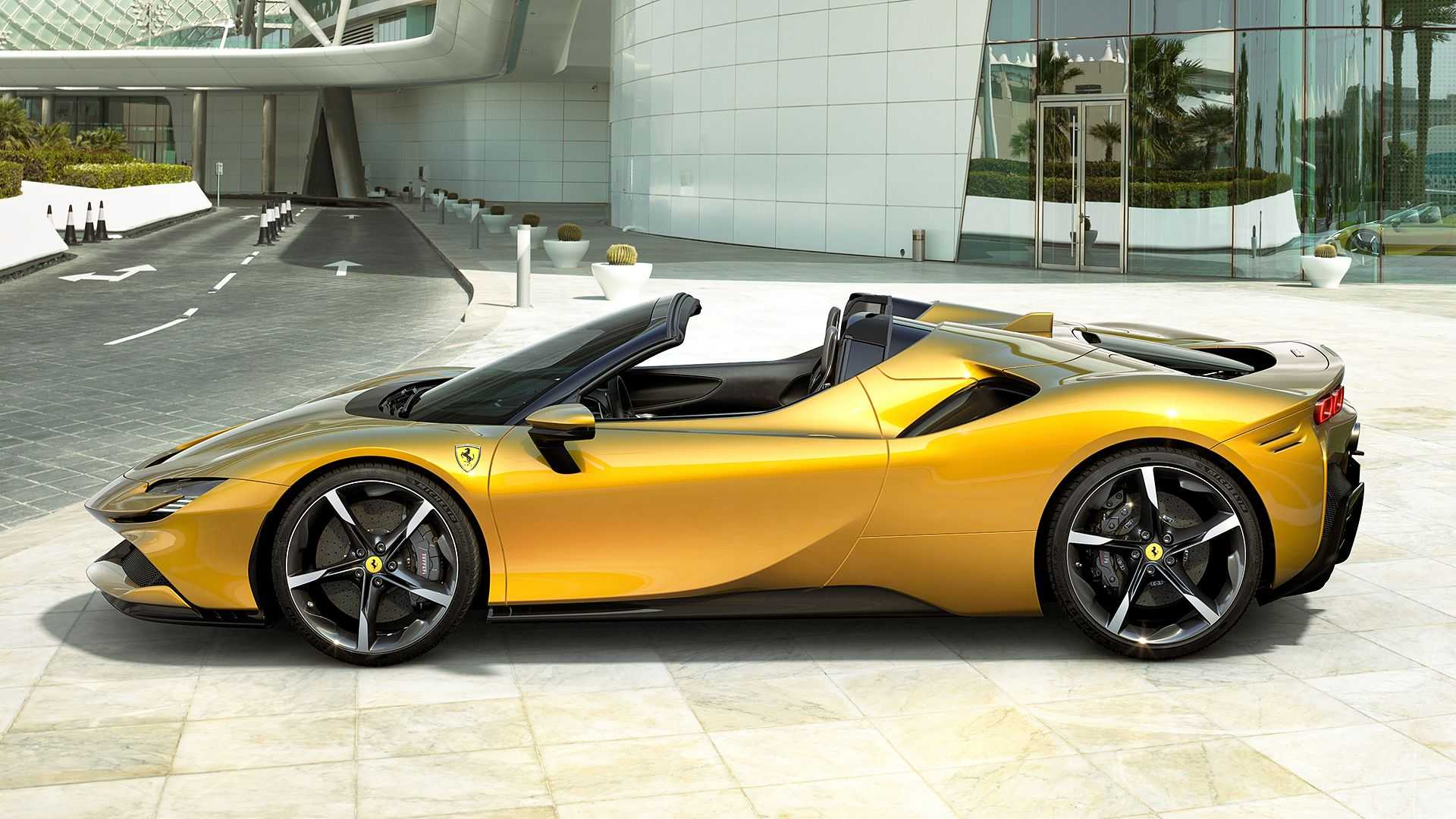Debiut Ferrari SF90 w nadwoziu otwartym