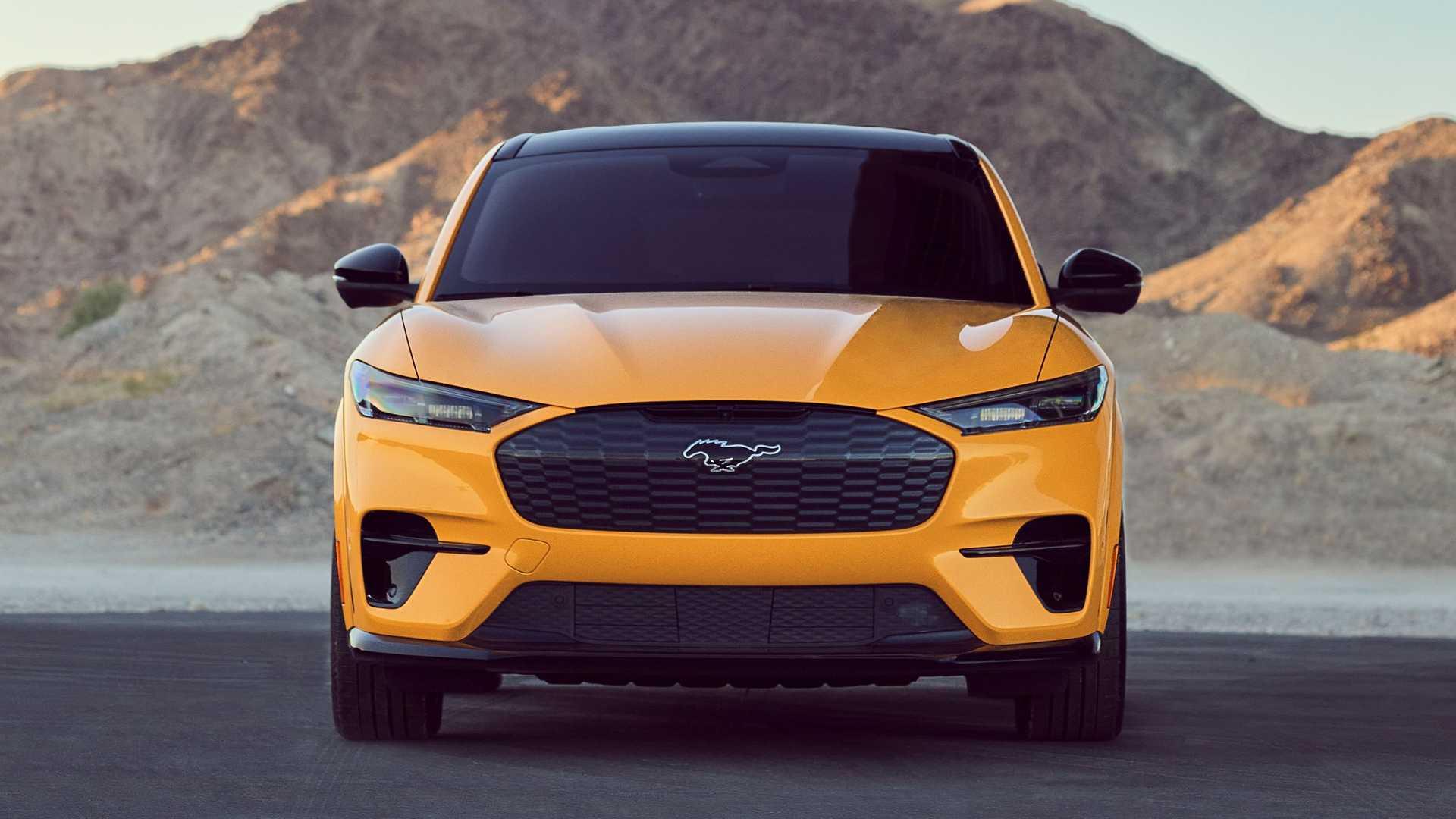 Ford Mustang Mach-E GT Performance Edition to specjalna wersja elektrycznego Mustanga