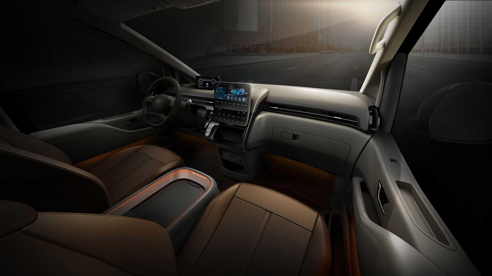 Hyundai Staria to minivan o komfortowym wnetrzu