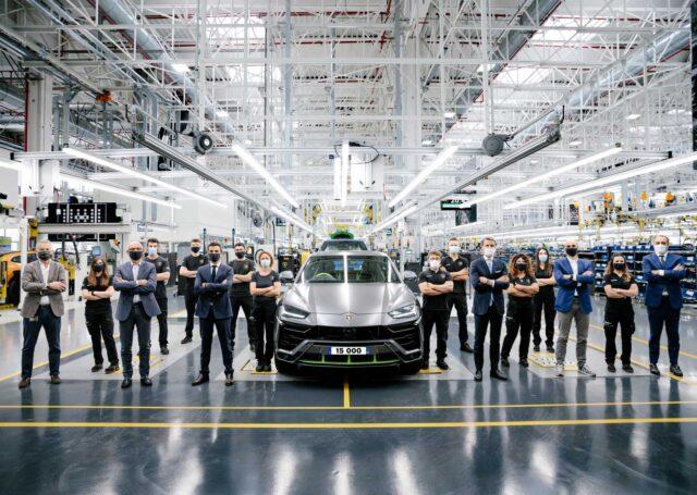 Lamborghini Urus z rekordową sprzedażą