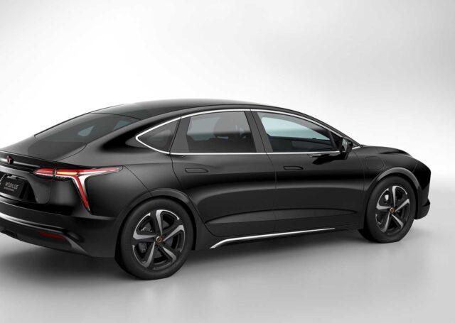 Mobilize Limo – elektryczny sedan na wynajem na rynek europejski