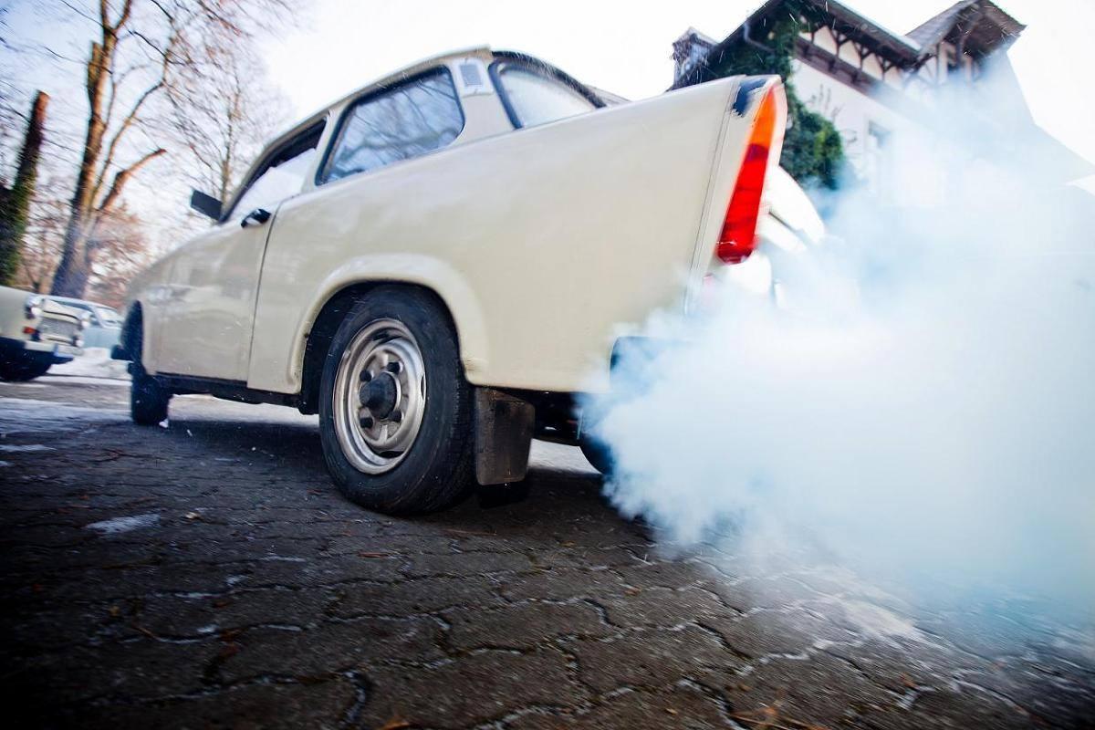kouření auta