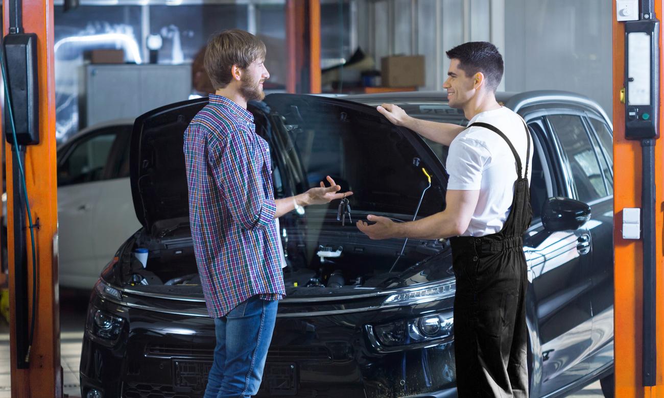 Automobilový mechanik