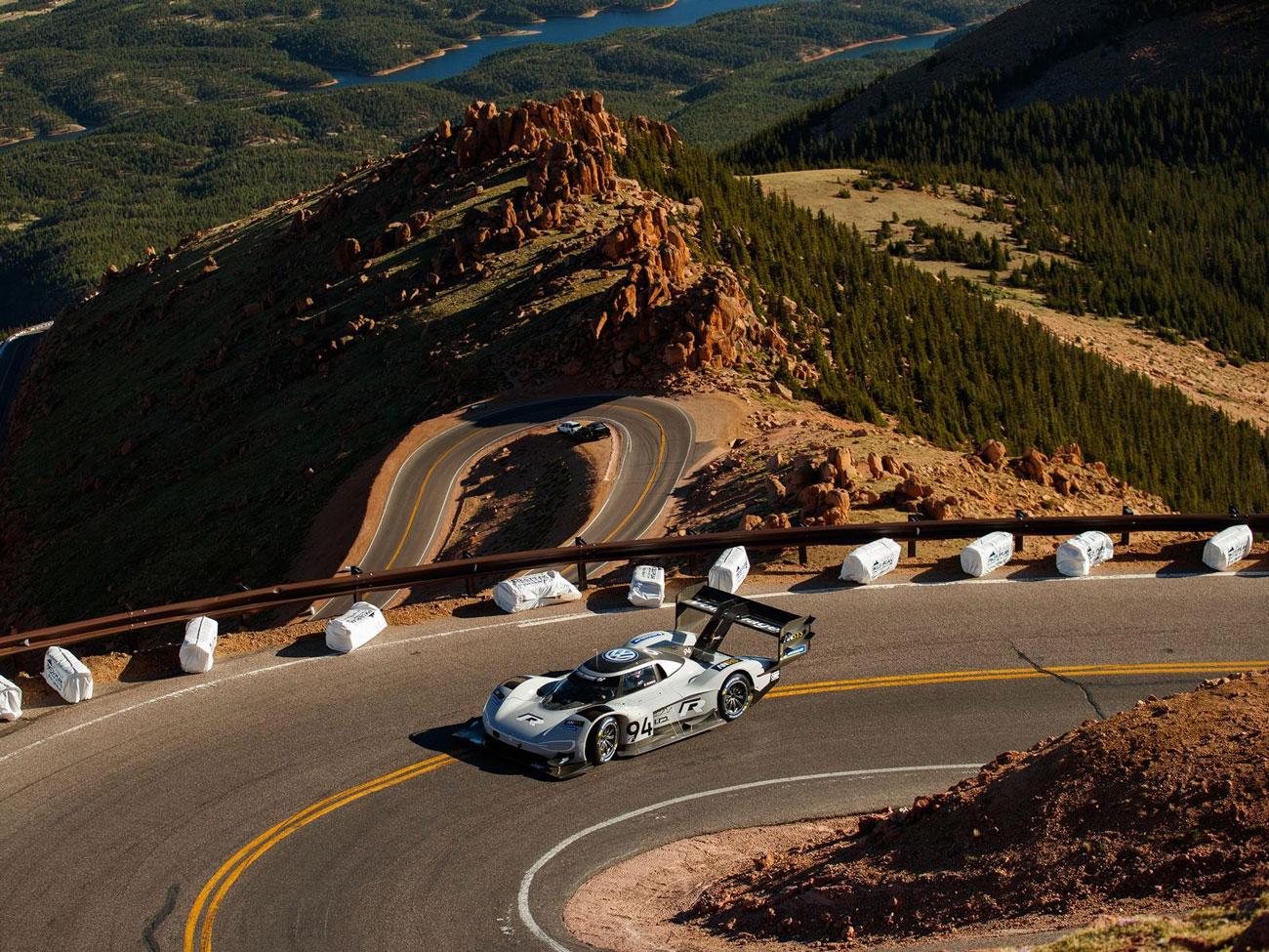 Rekordowy Volkswagen na Pikes Peak