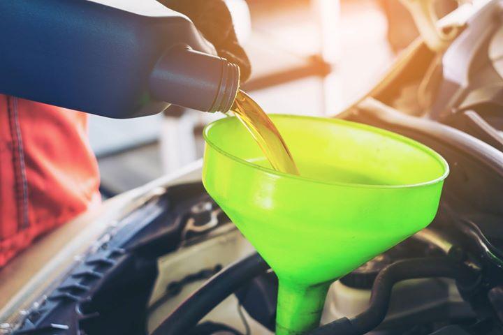 👉 Czy można przejść z oleju mineralnego na syntetyczny❓  Sporo się mówi o zaletach oleju…