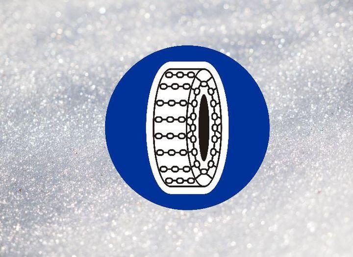 Znak C-18 to obowiązek, a nie zalecenie zakładania łańcuchów❗ Część narciarzy i snowboardzistów…
